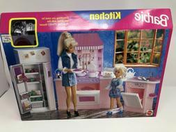 1998 Barbie Kitchen Playset #67554-92 NEW IN BOX Folding Hou