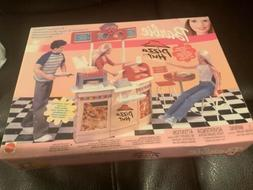 Barbie Pizza Hut Restaurant Playset New Sealed 2001 Mattel D