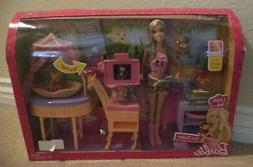 BARBIE CAREER. ZOO DOCTOR PLAYSET W/ BABY ANIMALS P9225 2009