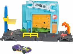 Hot Wheels City Gator Garage Attack Playset
