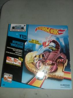 Hot Wheels City Scorpion Takedown Playset Set. Brand New In