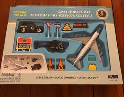 DARON DIECAST METAL AIR FORCE ONE AIRPLANE AIRPORT PLAY SET