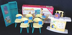 GLOR6IA Dollhouse Furniture Size Classroom PlaySet   NEW Cla