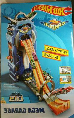 Hot Wheels FTB68 City Mega Garage Connectable Play Set with