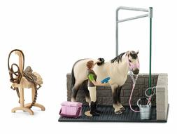 Schleich Horse Club 42104 Horses Wash Area with Horse & Ride