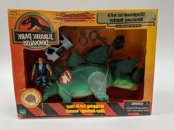 Hasbro Jurassic Park Dinosaurs Stegosaurus W/Dinosaur Hunter