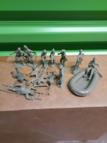 Commandos Set