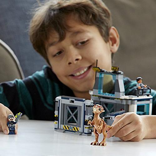LEGO World Breakout Kit
