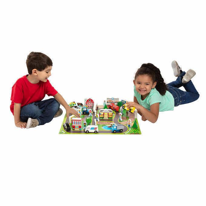 Wooden Town & Play Set includes Playmat