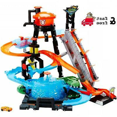 play set ultimate gator car wash