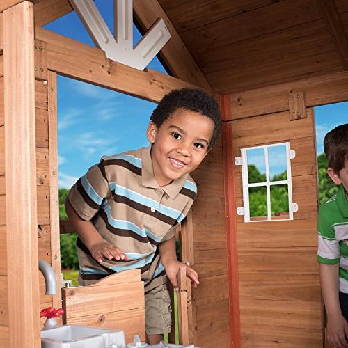 Backyard Discovery Scenic Heights Cedar Playhouse