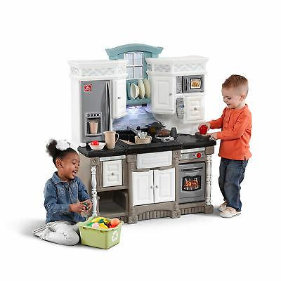 Step2 Lifestyle Dream Kitchen with Play Play Set
