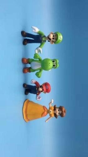 Super Bros 18pcs Figure Playset Figurine