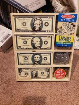 Melissa & Doug Dollars & Cents Wooden Box 200 Bills 200 Coin