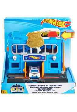 New! Hot Wheels City Downtown Police Station Breakout Play s