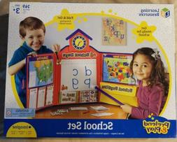 Learning Resources Pretend & Play Fold & Go School Set 149 P
