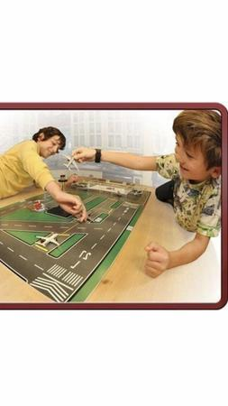 """""""RED DOG AIR"""" AIRPORT TERMINAL PLAY SET W AIRPLANES, Play,Fo"""