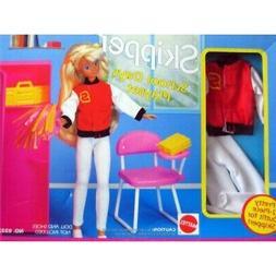 Barbie SKIPPER School Days Playset w Oufit